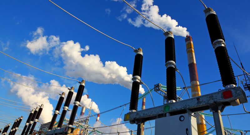 power, station, industry, energy, factory, fuel, high, line, cable, supply, voltage, transformer, technology, smoke, electricity, wire, insulation, substation, pylon, tower, steel, generator, row, business, day, sign, fuse, equipment, fumes, danger, smog, pollution, chimney, blue, sky, communication, Energie, Strom, Umspannwerk, Stromleitungen
