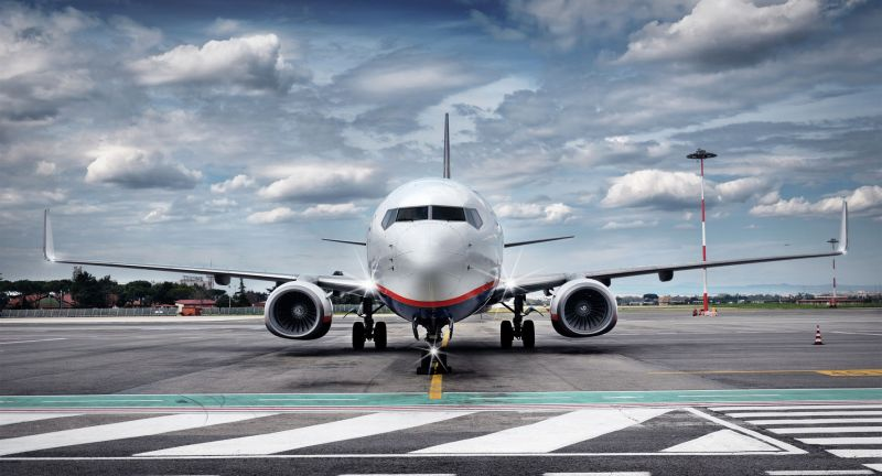 airport, airplane, frontal, airfield, dramatic, plane, start, front, copy, space, jet, boeing, aircraft, aviation, flugzeug, flughafen, rollfeld, landebahn, retro, runway, flight, copy-space, turbine, atmosphere, clouds, evening, dawn, tarmac, vacation, view, aeroplane, panoramic, business, arrival, travel, weather, cloudy, sky, illuminated, airline, parked, holiday, journey, waiting, total, air, vehicle, modern, airliner, cloud, ready